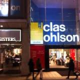 Back projection and foil at Clas Ohlson
